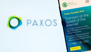 Пользователи стейблкоина PAX пожаловались на затруднения при выходе в доллар