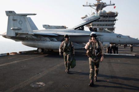«Ого, это еще что такое?». Пилоты ВМС США рассказали о встречах с НЛО