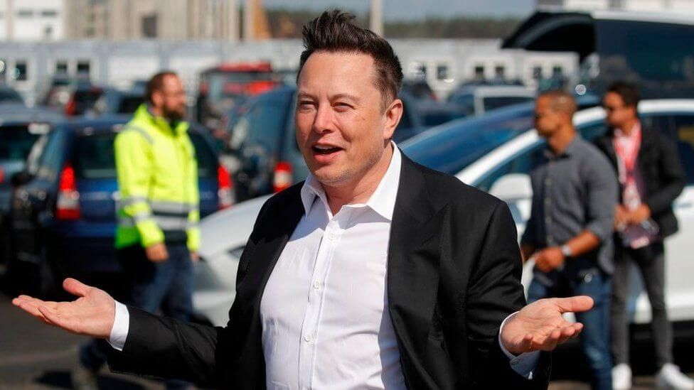 Илон Маск Tesla Биткоин