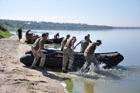 США провели курс для украинских морпехов по использованию катеров «Wing»