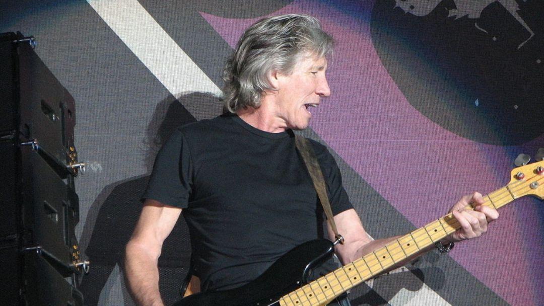 Основатель Pink Floyd назвал Цукерберга «мелким мерзавцем»