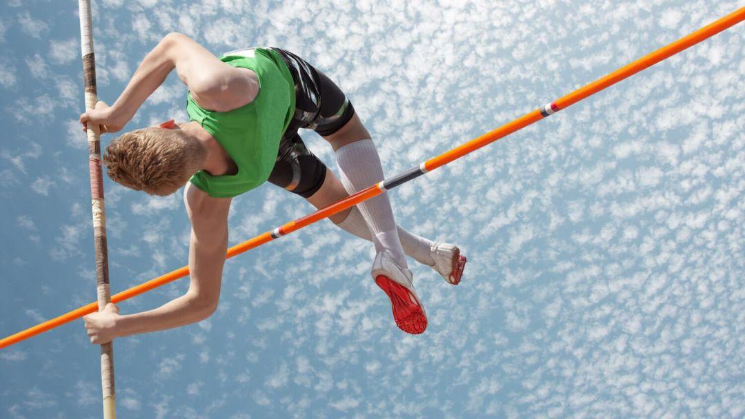 прыжок шест спорт